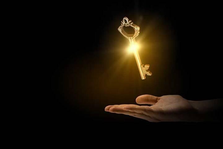 《C大-不負責旅管講座▍》旅館金鑰匙代表的是什麼? 讓C大說給你聽