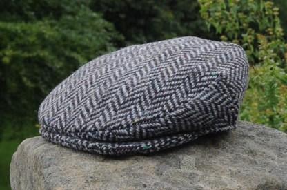Herringbone Tweed Cap Charcoal Silver