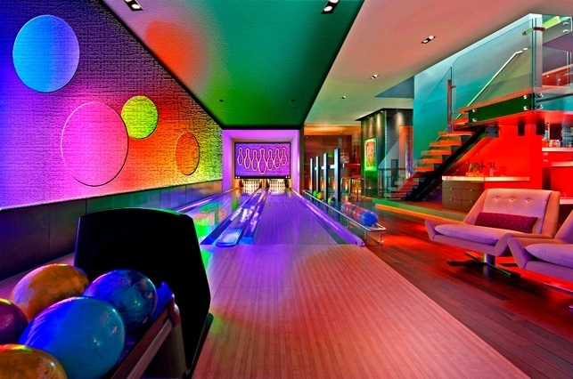 Boutique Bowling Lanes in Casino