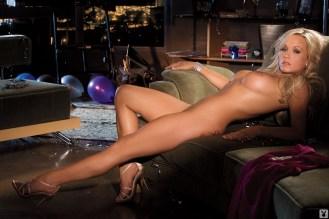 Heather Knox vestido morado 5