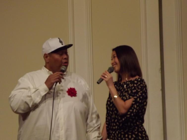 konishikiさんと奥様による歌の披露