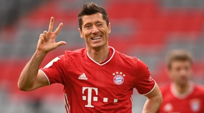 Lewandowski Hits Hat-trick as Bayern Come From Two Goals Down to Beat Dortmund