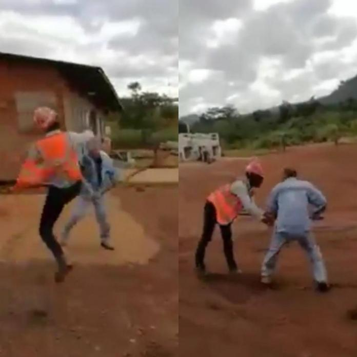 Chinese miner attacks Sierra Leonean man on mining site in Sierra Leone (video)