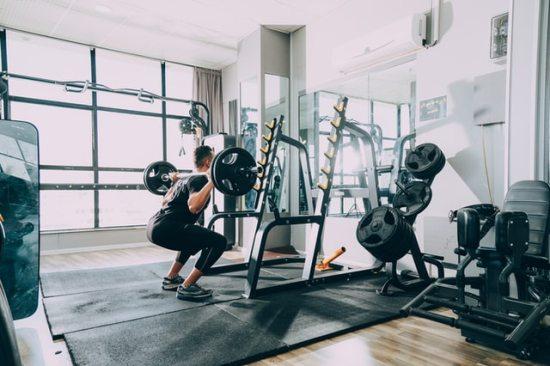 体幹と腹筋の違いとは?【腹筋ばかり鍛えても体幹は強くならない!】