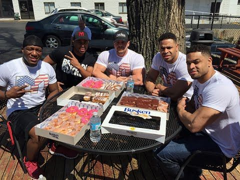 hodgetwins eating