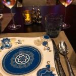 モダンインド料理とネオン「Golden Peacock」