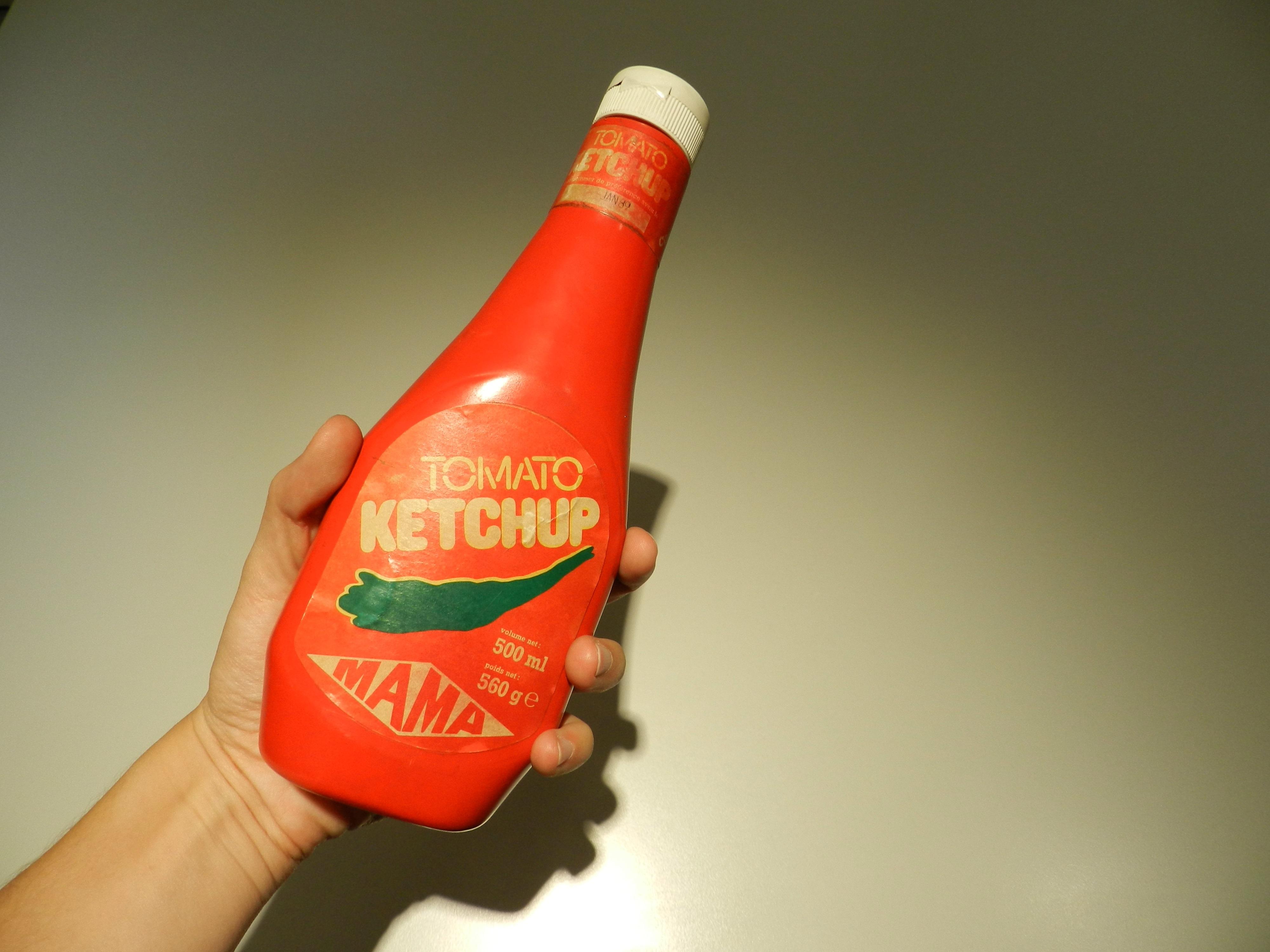 """Vous reprendrez bien un peu de ketchup """"Mama"""" ? #foodmw"""