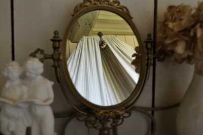 Donville manor details (6)