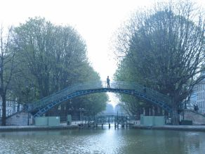 Canal St Martin, Paris. I was meeting a client in the culturally historic Hotel du Nord, to the left in this picture. Due to a wifi problem I found myself giving a presentation on my phone! All went well though.