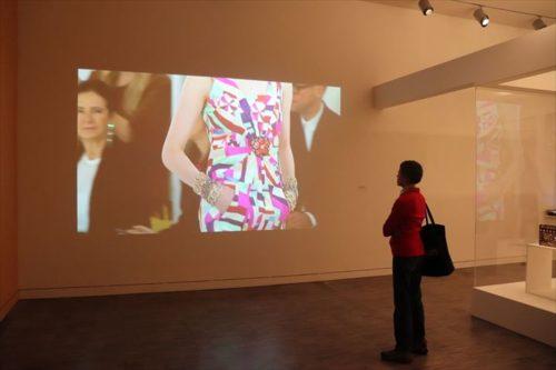 韓国のファッションデザイナーの企画展