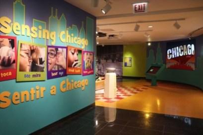 小さな子どもたちでも五感を通じてシカゴを感じることができるコーナー