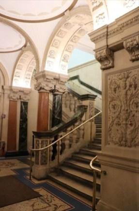 装飾が美しい階段