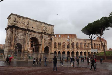 凱旋門とコロッセオ_R