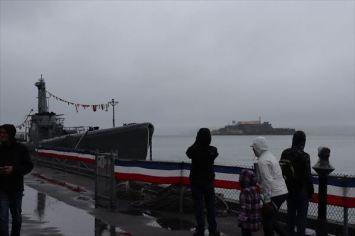 潜水艦とアルカトラズ島