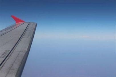 遠くにヒマラヤ山脈らしき山々が見えました