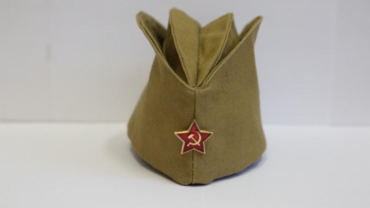 Солдатская пилотка СССР со звездой