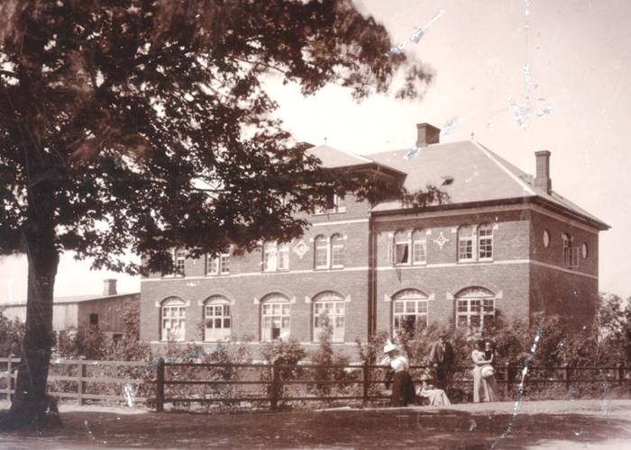 Daglig skolegang Hørsholm Skole - fotografiet er fra cirka år 1900-1910