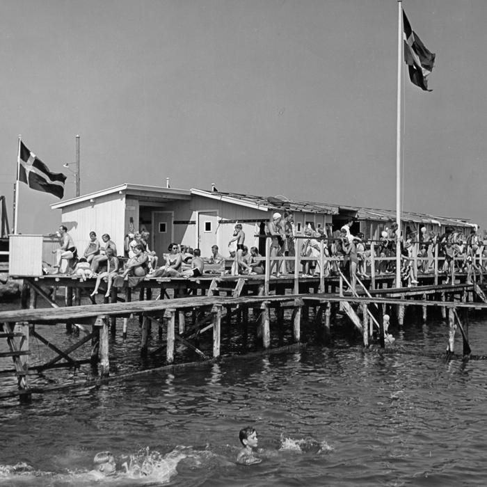 badeliv 1955: En sommerdag på Rungsted Søbad.