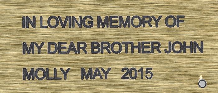 """Flyverstenen """"Et kærligt minde om min kære bror John"""""""