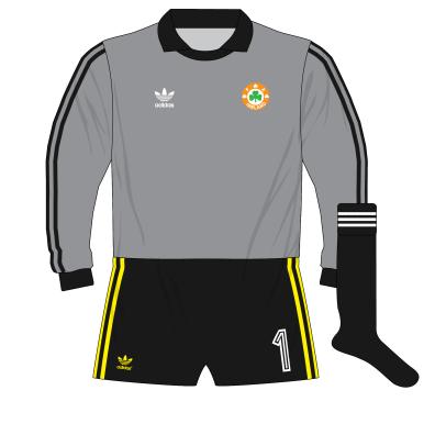 adidas-republic-of-ireland-grey-goalkeeper-shirt-jersey-1990-bonner