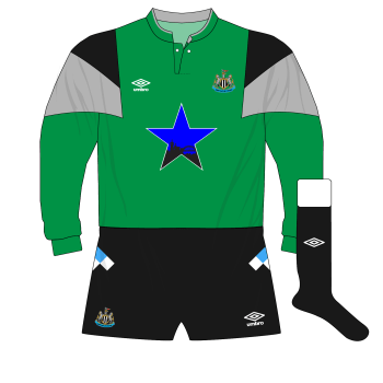 Newcastle-United-1988-1991-Umbro-goalkeeper-shirt-green-Burridge