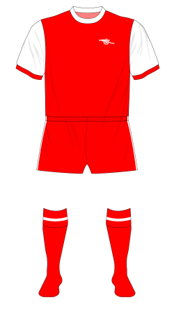 Arsenal-1977-1978-home-kit-red-shorts-QPR-01