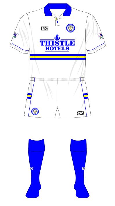 Leeds-United-1994-1995-asics-home-kit-blue-socks-01