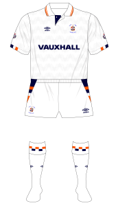 Luton-Town-1990-1991-Umbro-home-kit-white-shorts-Chelsea-Wimbledon-01