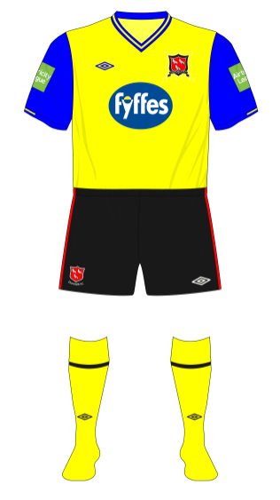 Dundalk-2012-Umbro-away-shirt-home-socks-Cork-City-01