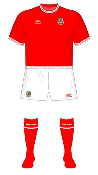 Wales-Umbro-1999-England-01