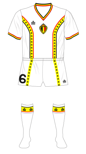 Belgium-1982-Admiral-away-kit-World-Cup-01