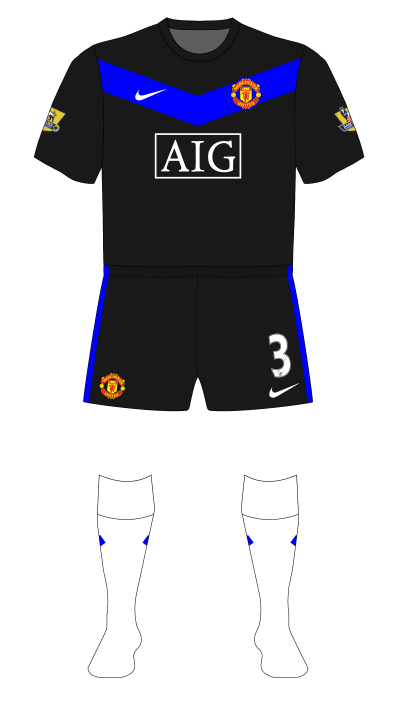 Manchester-United-2009-2010-Nike-away-white-socks-01