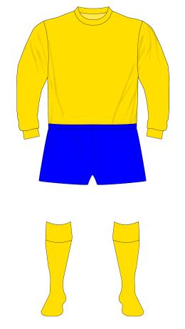 Everton-1968-1971-amber-away-01