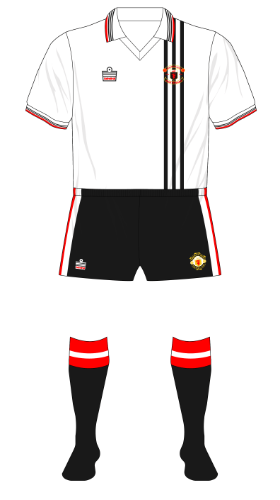 Manchester-United-1978-1979-Admiral-away-variant-Anfield-01