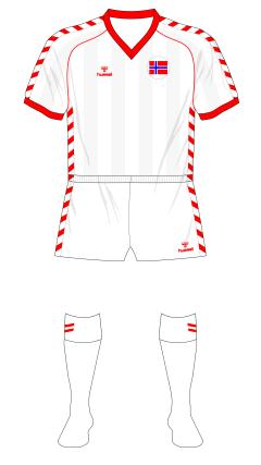 Norway-1984-1985-Hummel-away-Ireland-01