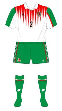 Wales-1996-Lotto-away-green-shorts-socks-Netherland-01