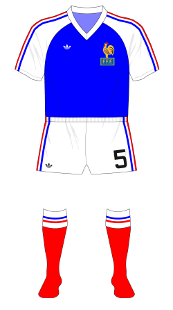 France-1980-adidas-maillot-Juventus-second-half-01