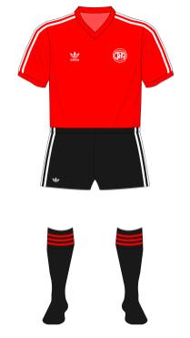QPR-1981-1982-away-01