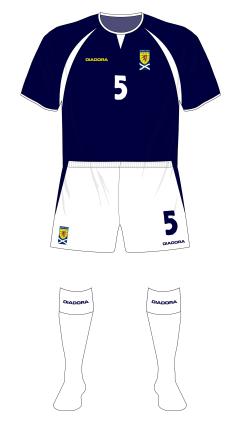 Scotland-2004-Diadora-home-white-socks-Spain-01