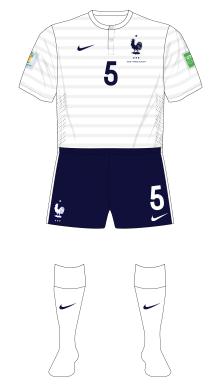 France-2014-Nike-maillot-domicile-01
