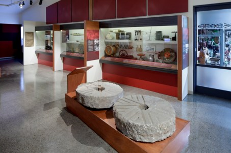 COPYRIGHT RICHARD WOTTON - Patea Museum interior 17