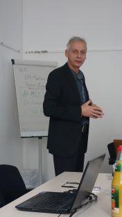 Helmut Trischler welcome the workshop participants