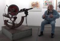 """Ted Scapa über die """"Schaukel-Skulptur"""" (1989) von Jean Tinguely"""