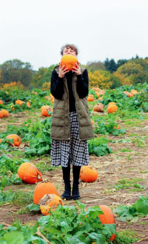 mom and pumpkin