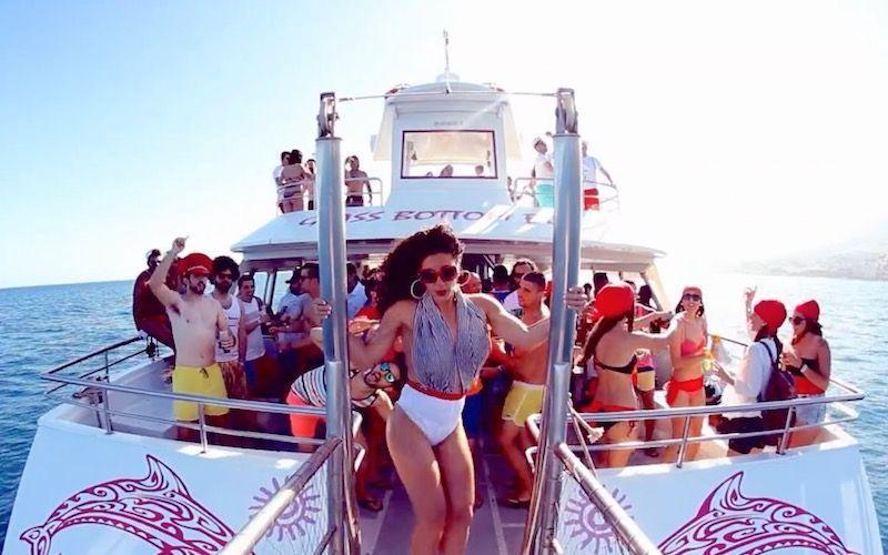 Fiesta en barco en Málaga