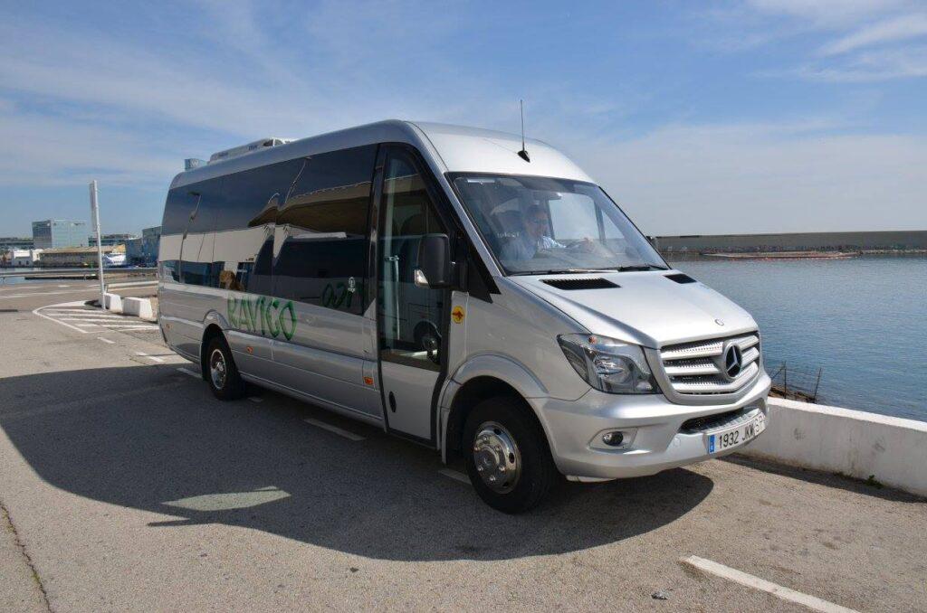 Autobuses y traslados para despedidas de soltero BArcelona