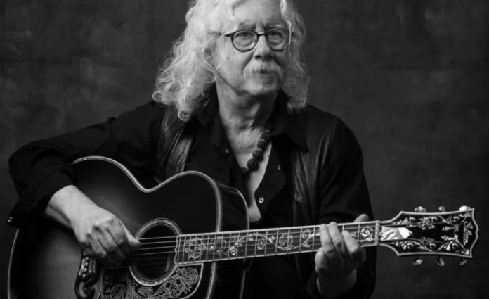 Folk legend Arlo Guthrie withdraws from the performance