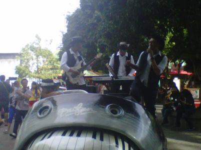 Sewa Organ Tunggal, Parade