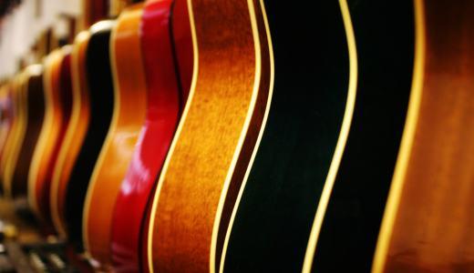 アコギを初めて購入する初心者におすすめのギターと選び方