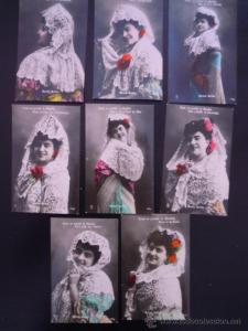 A collection of postcards on how to wear a Spanish mantilla featuring zarzuela soprano Marina Gurina. Gurina recorded for the Valencia gabinete Pallás.